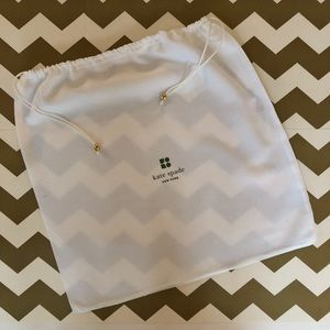 Kate Spade White Dust Bag with Green Emblem